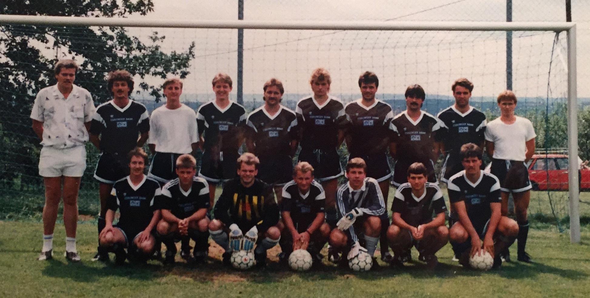 IMG_8216 I Mannschaftsfoto 1989-90
